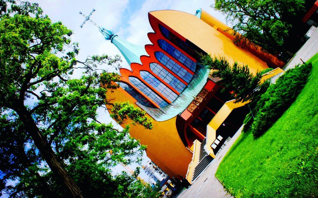 Modernizm oraz postmodernizm w architekturze sakralnej Wrocławia